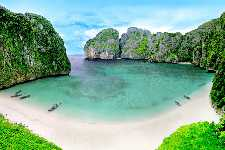 Maya Bay Early : Beat the Crowds !